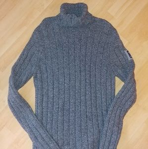 Large Abercrombie & Fitch sweater